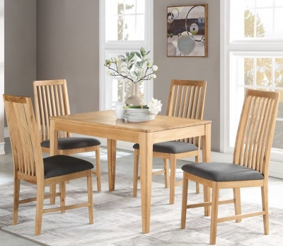 Dunmore Oak Dining Table and 4 Chairs