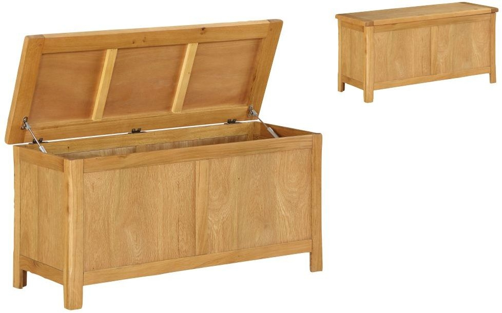 Product photograph showing Glenbrook Oak Blanket Box