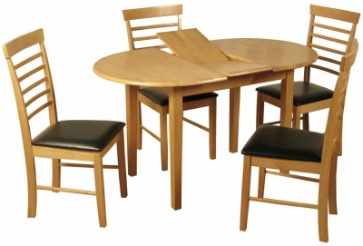 Hanover Light Oak Oval Butterfly Extending Dining Table and 4 Chairs