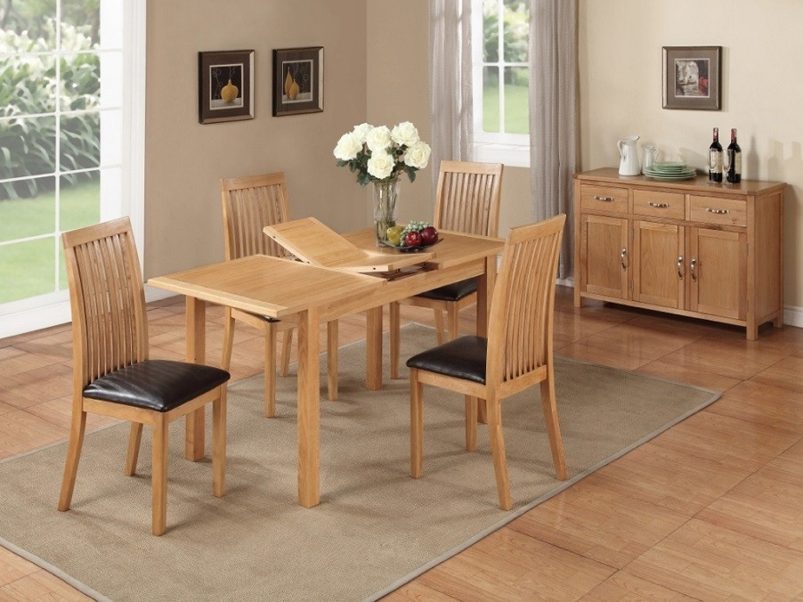 Hartford City Oak Rectangular Extending Dining Set with 4 Chairs - 120cm-150cm