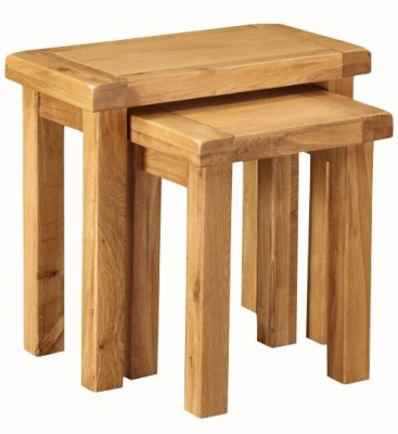 Somerset Oak Nest of 2 Tables