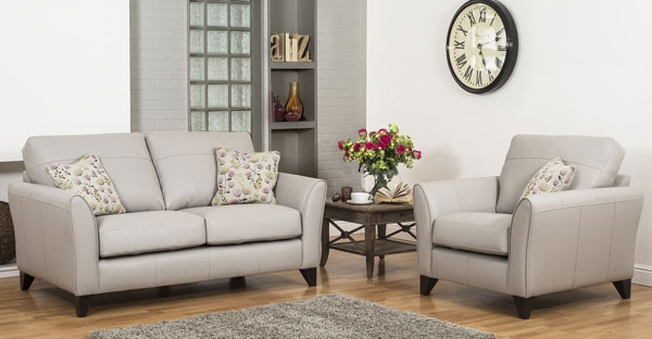 Buoyant Fairfield Perfomance Leather Sofas