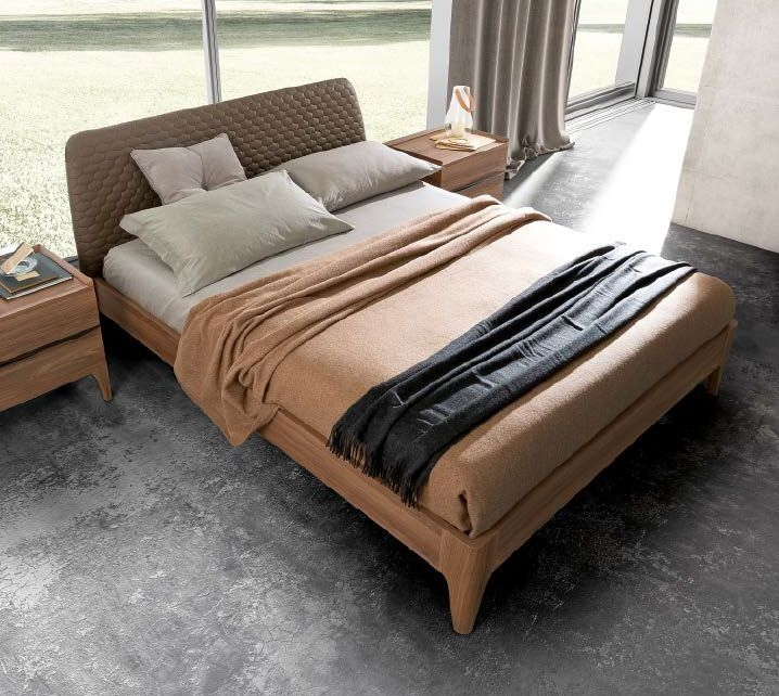 Camel Akademy Night Italian Wooden Ring Elm Bed with Storage