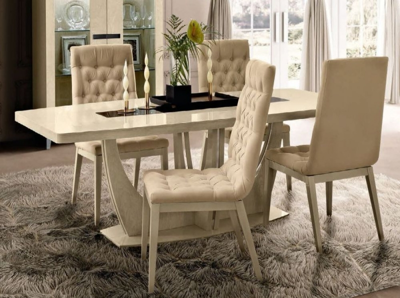 Camel Ambra Day Sand Birch Italian Medium Extending Dining Table