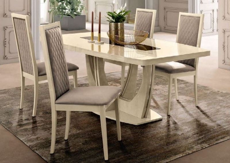 Camel Ambra Day Sand Birch Italian Small Extending Dining Table