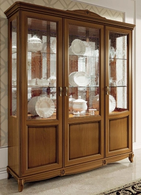 Camel Fantasia Day Walnut Italian Vitrine with LED Light