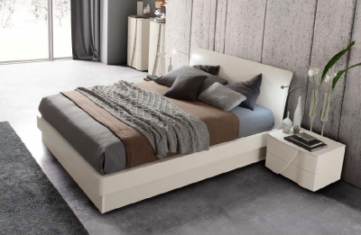 Camel Luna Night White Ash Italian Eclisse Bed