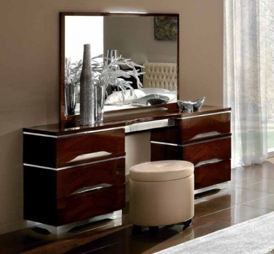 Camel Matrix Italian Dresser with Pouff
