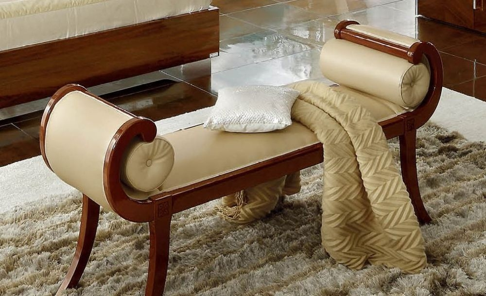 Camel Matrix Italian Bench with 2 Bench Rolls