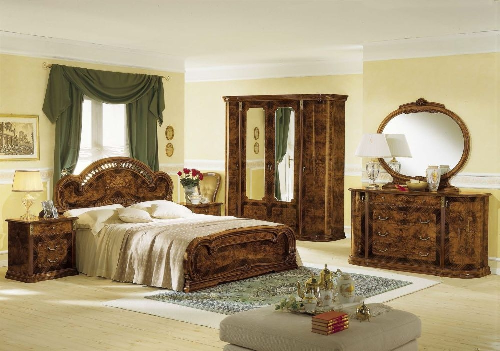 Camel Milady Walnut Italian Bedroom Set
