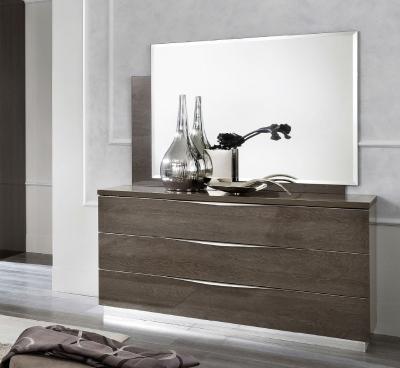Camel Platinum Night Italian 3 Drawer Dresser