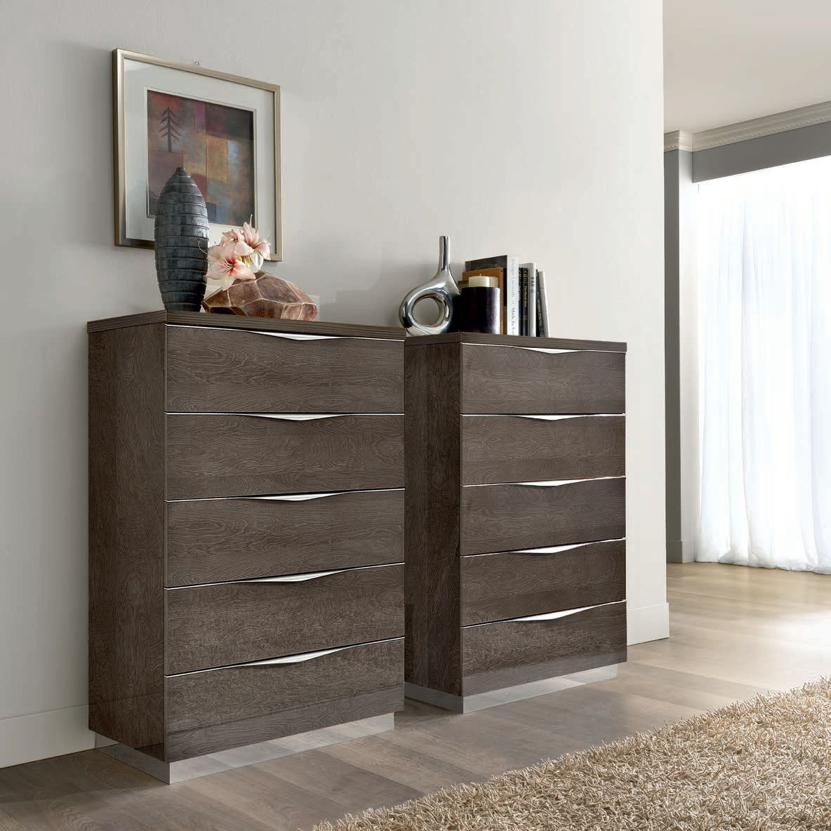 Camel Platinum Night Italian Chest of Drawer