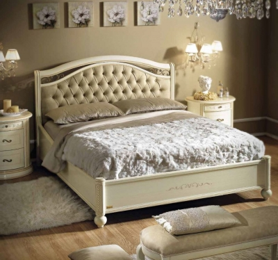 Camel Siena Night Ivory Italian Capitonne Ring Bed with Storage