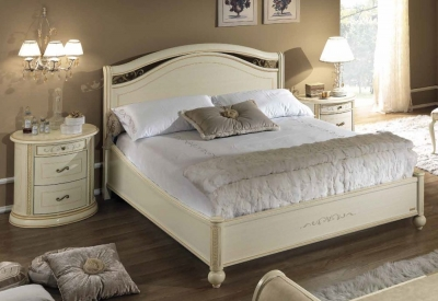 Camel Siena Night legno Ivory Italian 4ft 6in Double Bed with Footboard