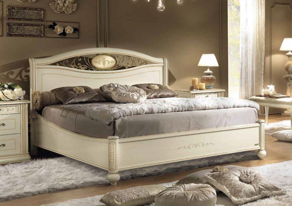 Camel Siena Night Ivory Italian Ferro Ring Bed