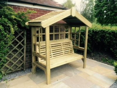Churnet Valley Cottage 3 Seater Garden Arbour Trellis Back and Sides