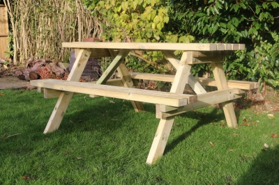 Churnet Valley Economy Picnic Table Set with 2 Benches
