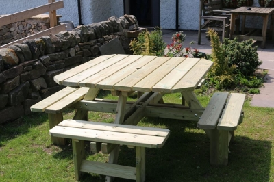 Churnet Valley Westwood Square Picnic Table Set with 4 Benches