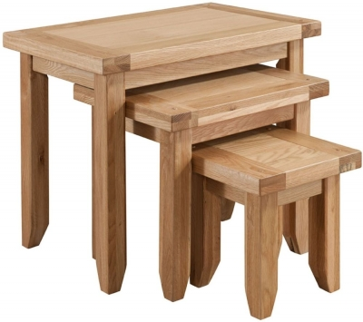 Colorado Oak Nest of 3 Tables