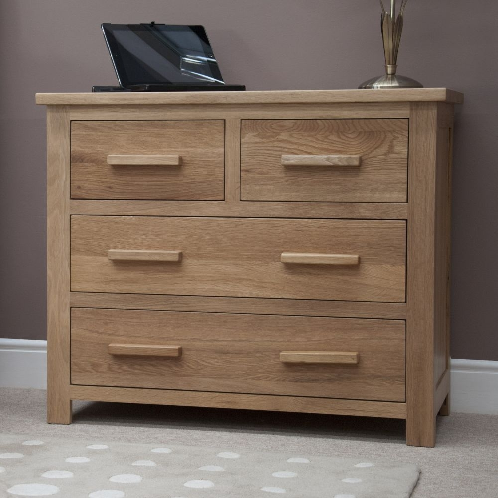 Clearance Homestyle GB Opus Oak Chest of Drawer - 2 Over 2 Drawer - 2176