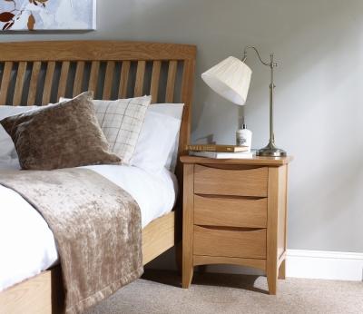 Corndell Arlingham Oak Narrow Bedside Cabinet