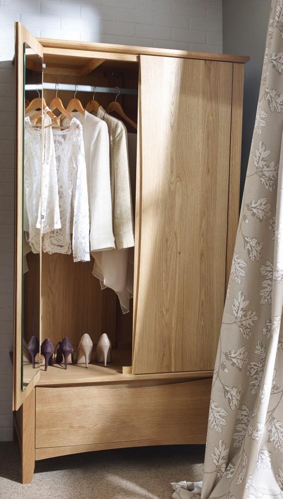 Corndell Arlingham Oak Gents Wardrobe