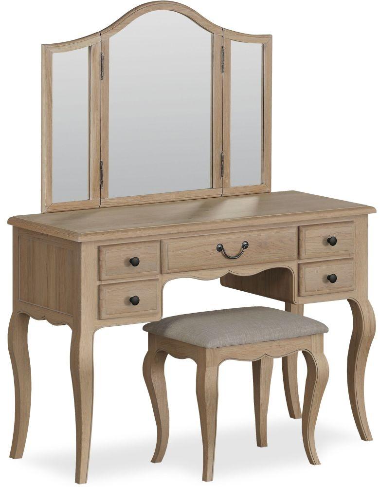 Corndell Cheltenham Oak Dressing Set