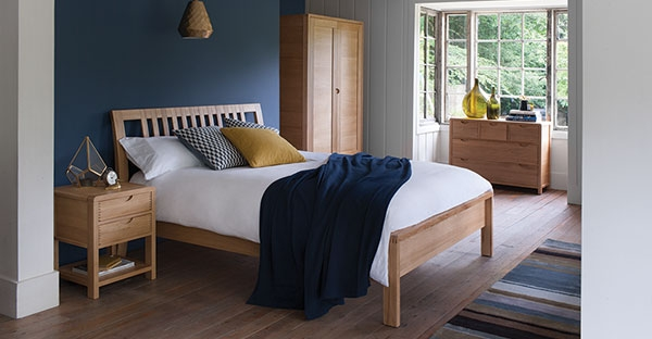 ercol furniture uk stockists outlet new ercol catalogue. Black Bedroom Furniture Sets. Home Design Ideas