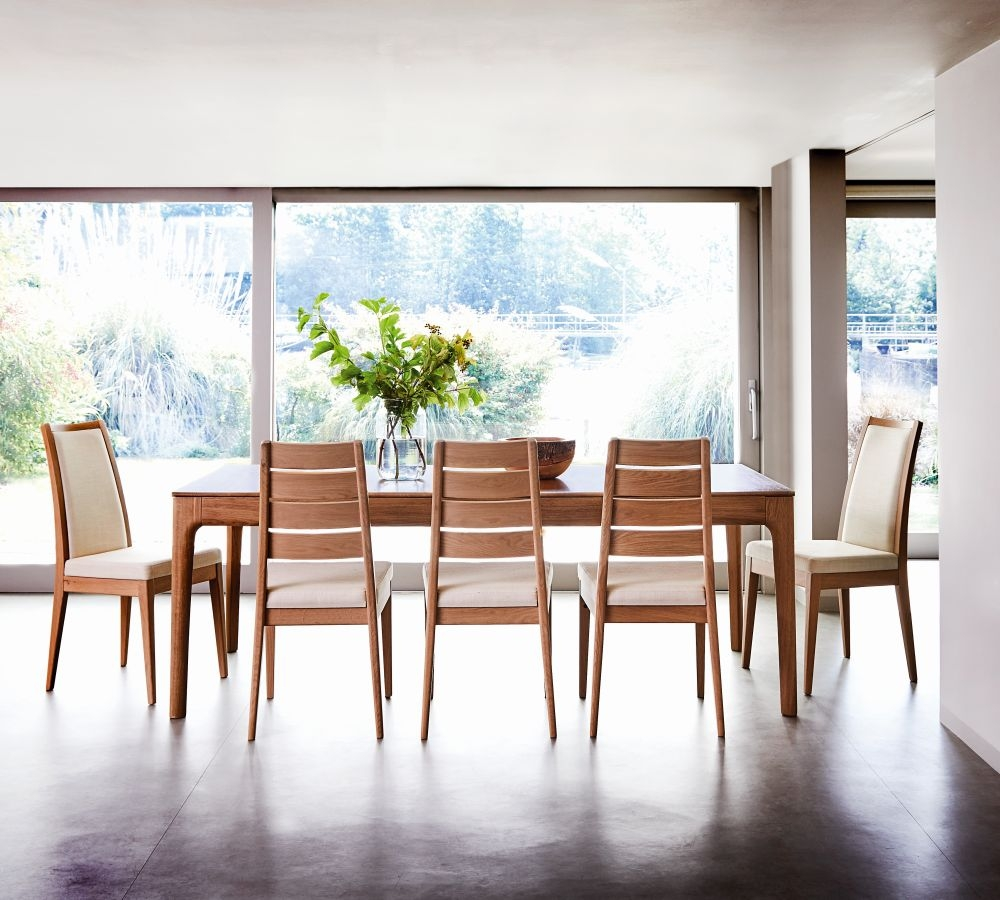 Ercol Romana Oak Large Extending Dining Set with 6 Chairs and 2 Padded Back Chairs