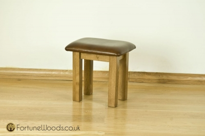 Bordeaux Oak Dressing Stool