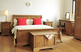Bordeaux Oak Bedroom Set