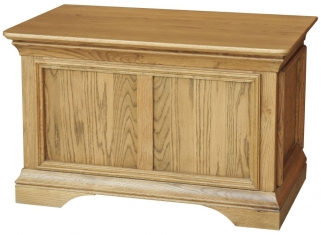 Bordeaux Solid Oak Blanket Box