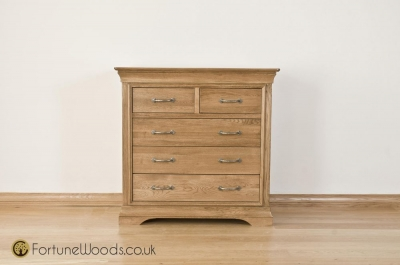 Bordeaux Oak Chest of Drawer - 3+2 Drawer