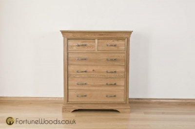Bordeaux Oak Chest of Drawer - 4+2 Drawer