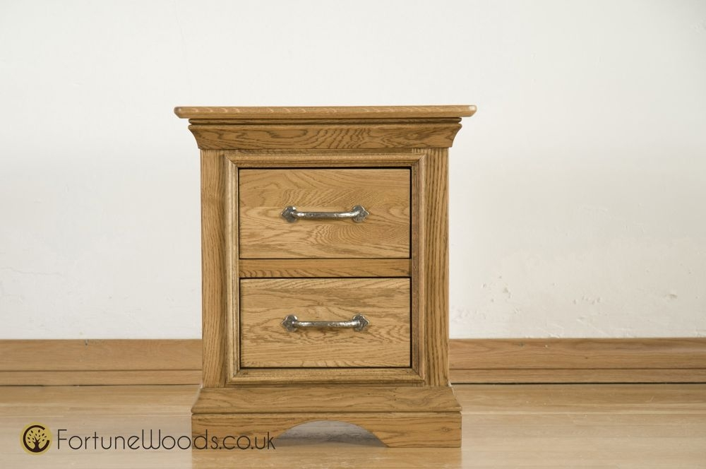 Bordeaux Solid Oak Bedside Cabinet - 2 Drawer