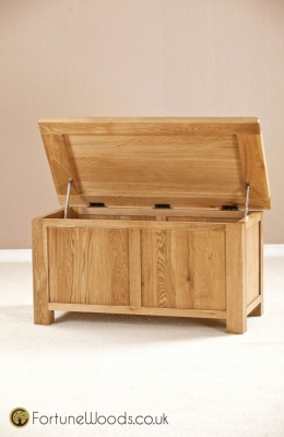 Cotswold Oak Blanket Box