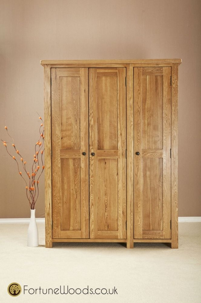 Cotswold Oak Wardrobe - 3 Door Full Length