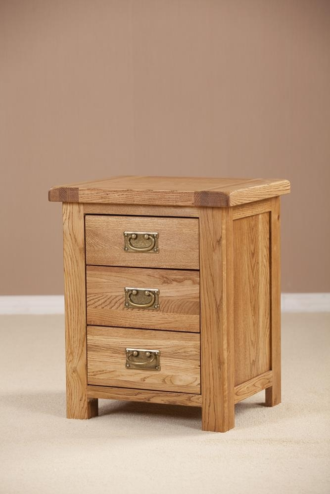Country Solid Oak 3 Drawer Bedside Cabinet