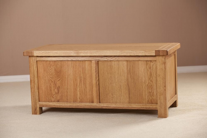 Country Oak Blanket Box