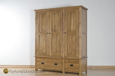 Rustic Oak 3 Door 2 Drawer Wardrobe