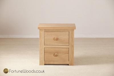 Tavistock Oak Bedside Cabinet - 2 Drawer