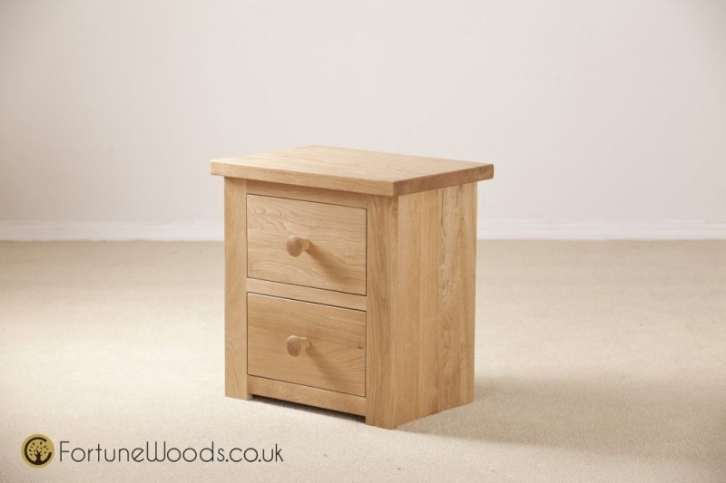 Tavistock Solid Oak Bedside Cabinet - 2 Drawer