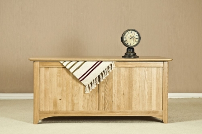 Tuscany Oak Blanket Box