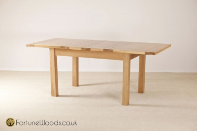 Windsor Oak Dining Table - 4ft 6in Extending with 2 Leaf