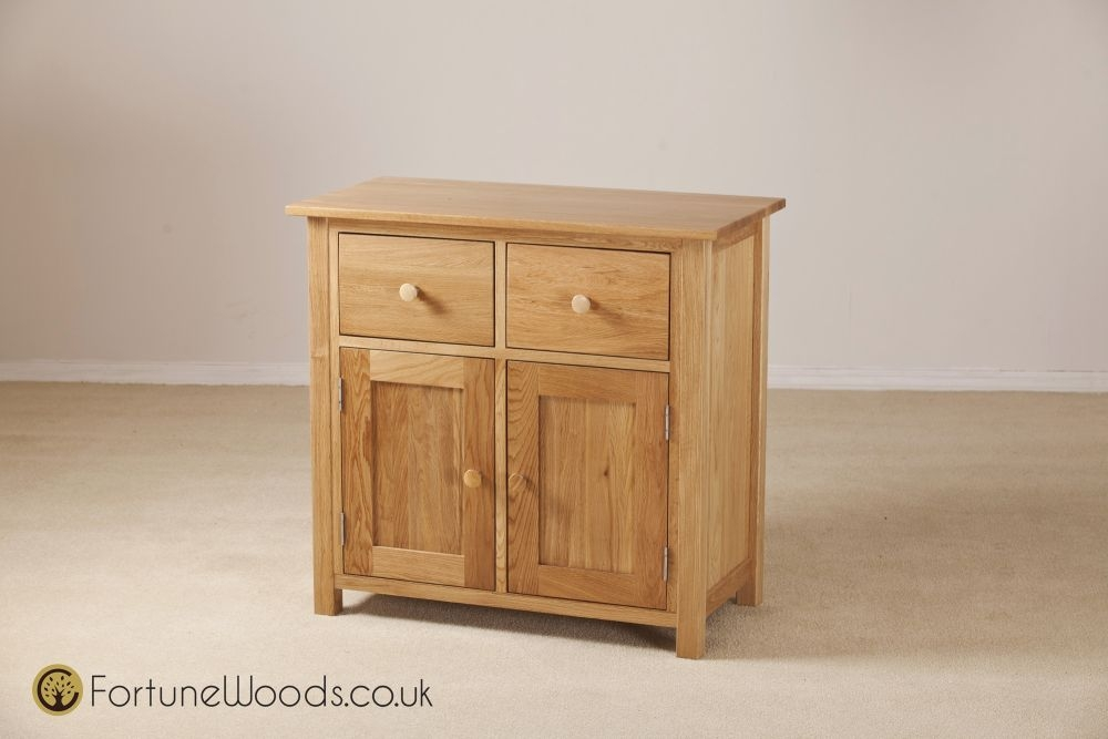 Windsor Oak Sideboard - 2 Door 2 Drawer