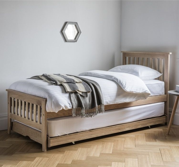 Frank Hudson Banbury Oak Guest Bed