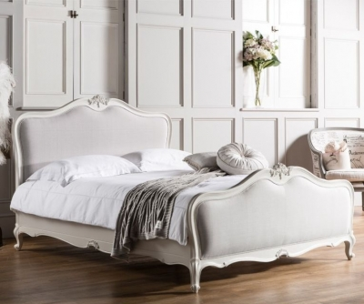 Frank Hudson Chic Chalk with Subtle Grey Linen Bed