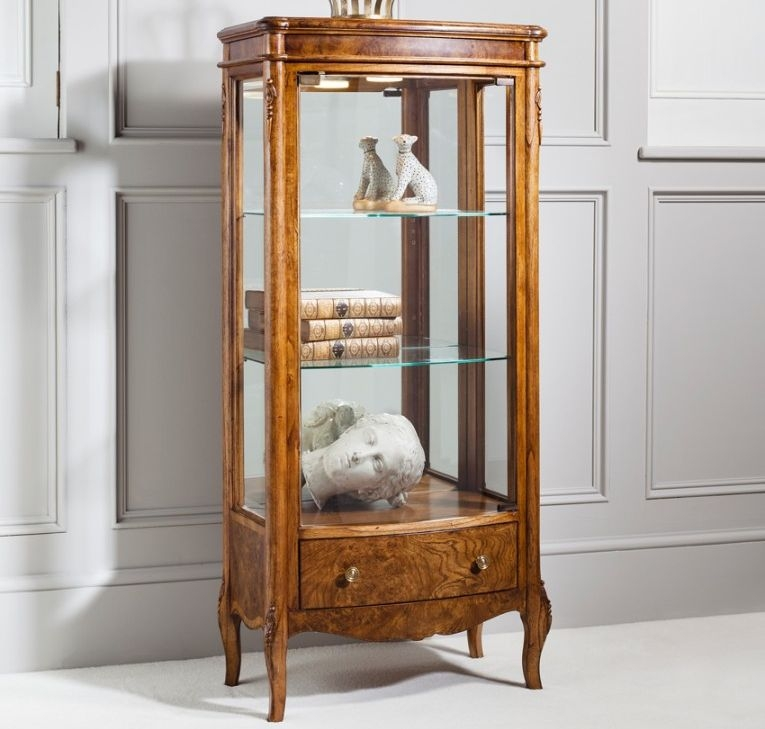 Frank Hudson Collection Des Articles Display Cabinet with Drawer