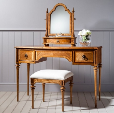 Frank Hudson Spire Dressing Table - Walnut