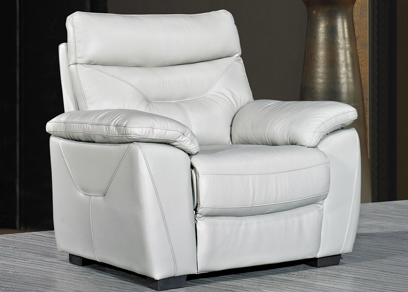 Como Putty Leather Fixed Armchair